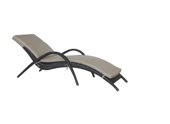 Palm-Harbor-Chaise-LoungerWith-Cushion